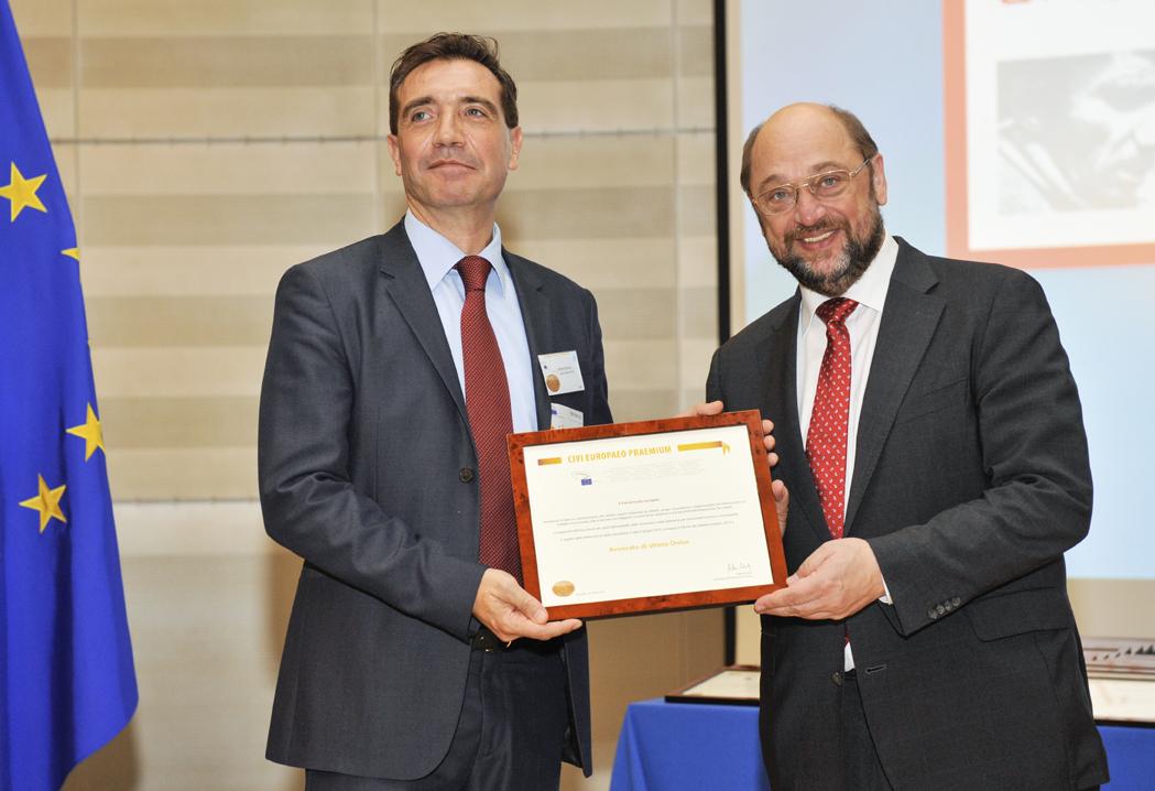 """Avvocato di strada è """"Cittadino Europeo 2013"""". Martin Schulz: """"Premiati gli eroi della battaglia per l'integrazione europea"""""""