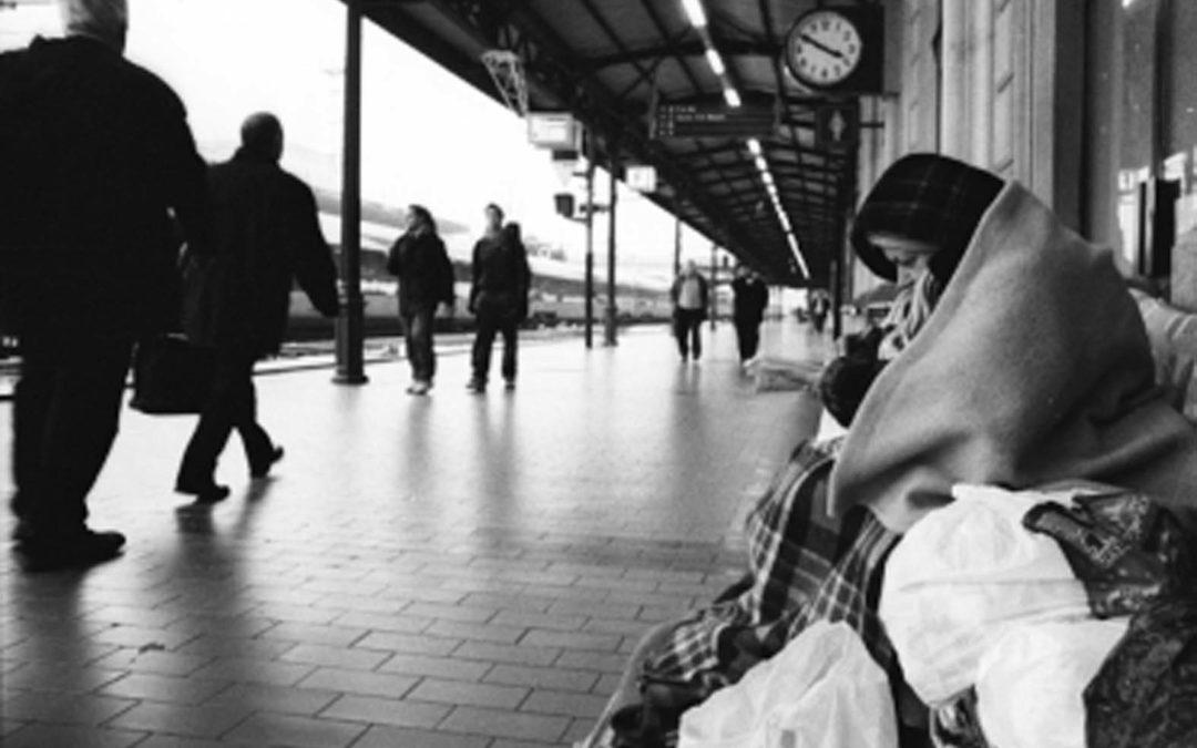 Una separazione, le figlie in affidamento e lavita in strada.Storia di F., mamma come tante